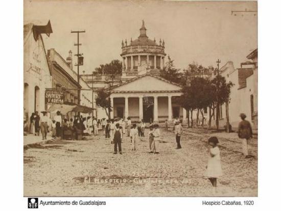 Guadalajara, Mexico: Ospicio Cabañas en los 20's