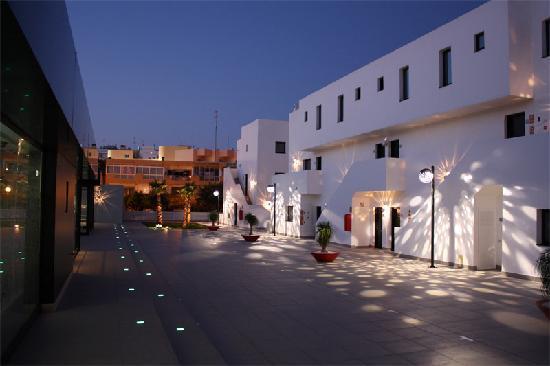 Migjorn Ibiza Suites & Spa: Hotel Migjorn Suites & Spa - Platja d'en Bossa - Eivissa