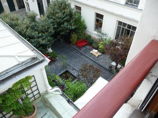 Maison Zen: View from appt 4