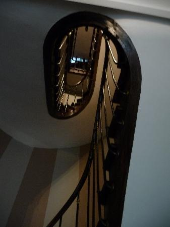 Maison Zen: Stairs