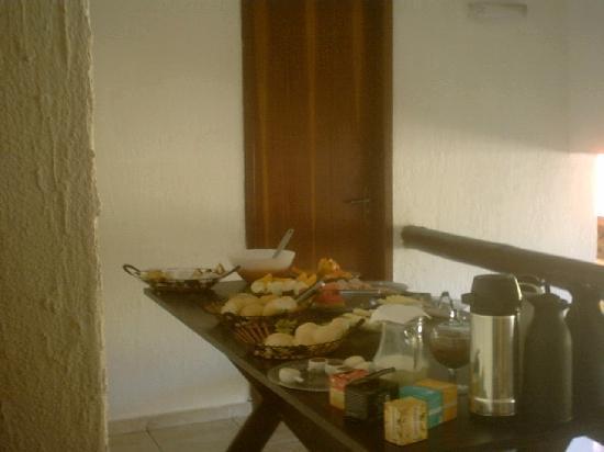 Barra da Lagoa Hotel : Mesa desayuno 2