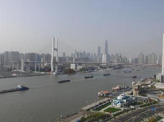 InterContinental Shanghai Expo: 部屋からの眺めはこんな感じです。