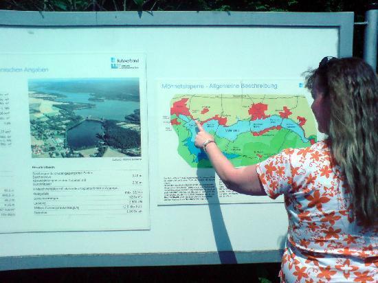 Mohnesee, Germany: Dort befinde ich mich gerade
