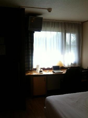 Campanile Hotel Gouda: Room 202 window