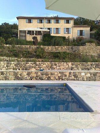 Le Relais du Peyloubet et la piscine 1
