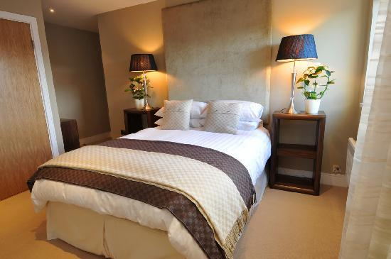 Highland Apartments by Mansley: Luxury Bedrooms!