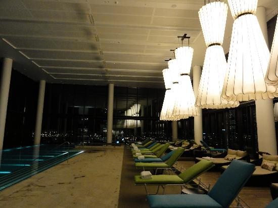 Crown Metropol Melbourne: The pool on level 27