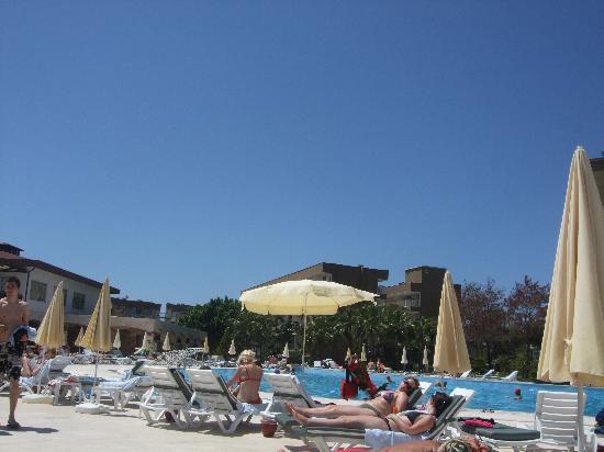 Otium Eco Club Side : piscine de l'hotel