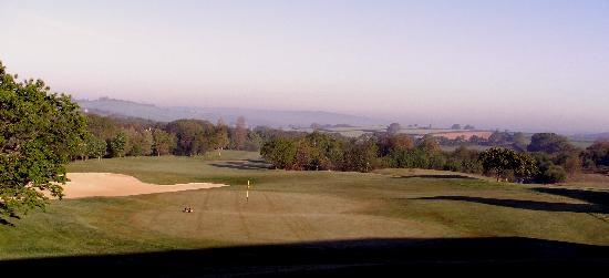 Lanhydrock Hotel and Golf Club : bedroom view