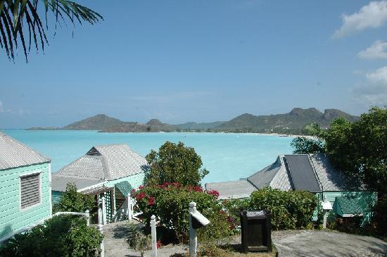 COCOS Hotel Antigua: Innerhalb der Hotelanlage immer wieder Meerblick