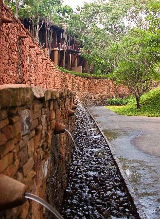 Phulay Bay, A Ritz-Carlton Reserve: Scenic walk