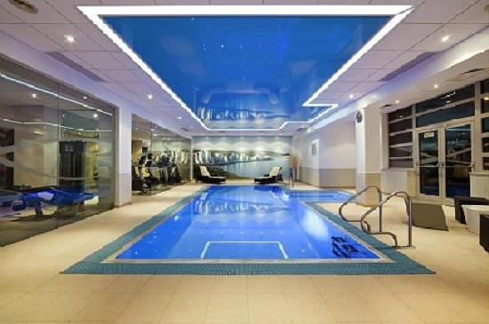 Novotel Southampton: Swimming pool