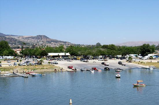 Lake Elsinore West Marina & RV Resort: Docks, fishing, launch ramp, rental boats