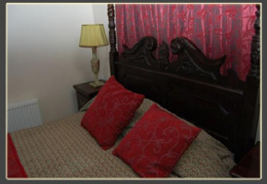 Hilltop Hotel: One of our rooms