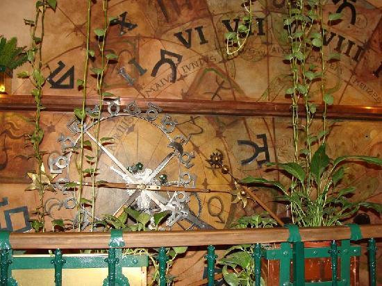 Hotel U Jezulatka: the clock