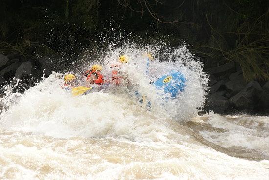 Xstream Rafting Tequesquitengo