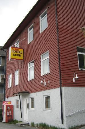 ABC Hotell: On plain residential street