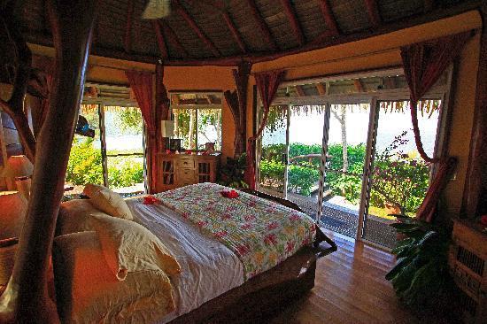 Tiare Breeze: The bungalow
