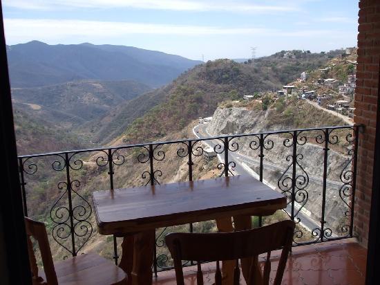 Hotel Loma Linda: Balcon