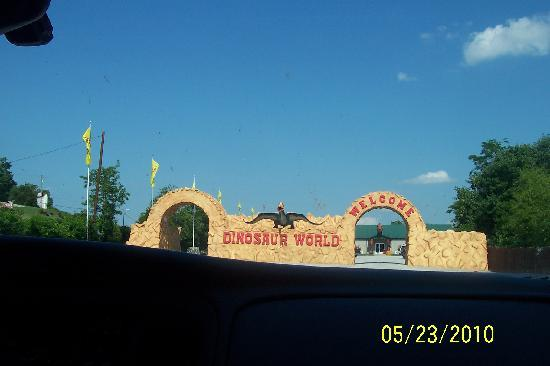 Dinosaur World: Here it is