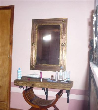 Hotel del Vasco: habitacion