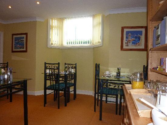 Sandpiper House: Breakfast room