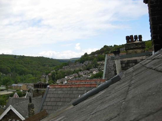 Thorncliffe B&B Hebden Bridge: across the roofs from the window