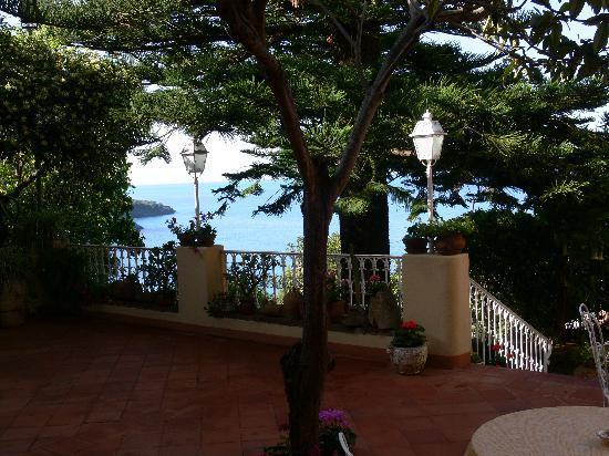 Romantic Hotel & Restaurant Villa Cheta Elite: Eingangsambiente