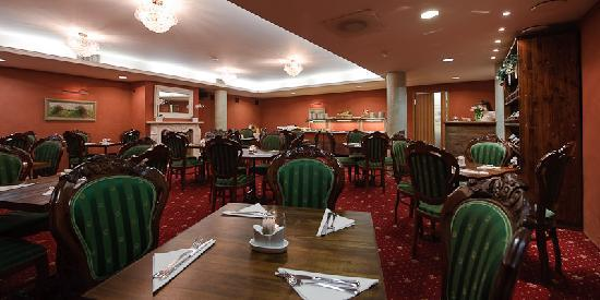 Hotel Bern: Breakfast room