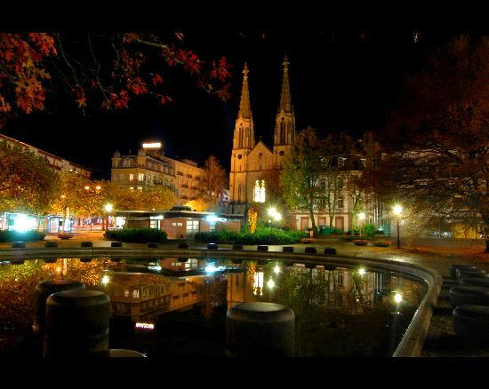 بادن بادن, ألمانيا: La piazza
