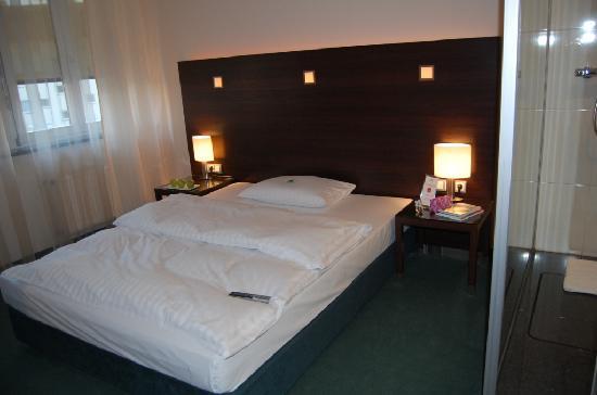 Fleming's Hotel Frankfurt Hamburger Allee: Fleming's Standard room