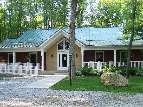 That Pretty Place Bed & Breakfast: Picture of the Cabin