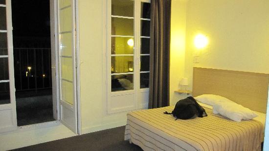 Hôtel Saint Louis : room number 403