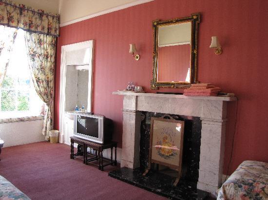 Ashlyn Guest House: family room ashlyn guesthouse