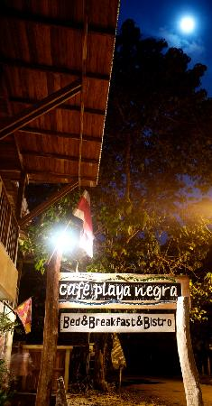 Cafe Playa Negra: the rustic sign