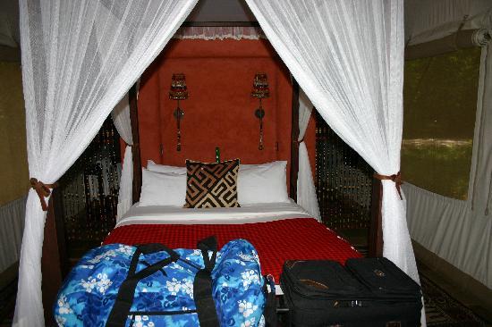 Fairmont Mara Safari Club: Sleeping area