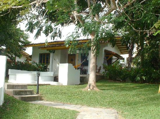 Las Sirenas de Santa Clara - Beach Front Cabins: cabana