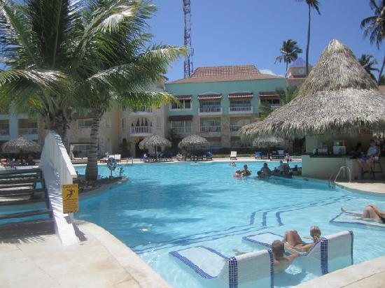 pool area royal photo de trs turquesa hotel punta cana tripadvisor. Black Bedroom Furniture Sets. Home Design Ideas