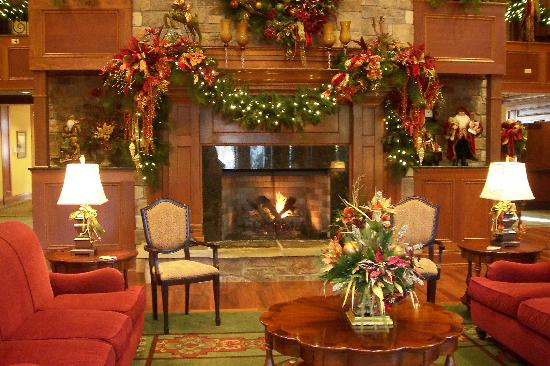 The Inn At Christmas Place.Beautiful And Welcoming Lobby Picture Of The Inn At