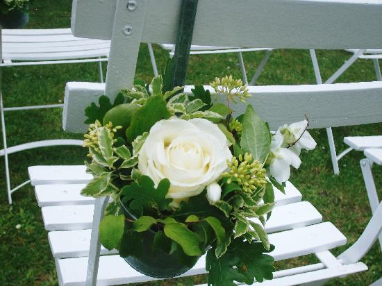 Chateau Rigaud : Floral decoration