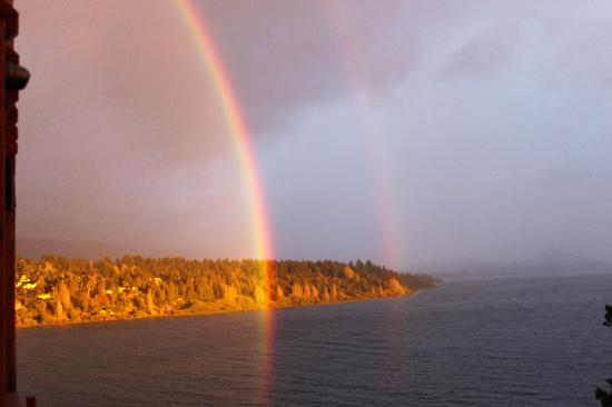 Charming - Luxury Lodge & Private Spa: We woke up to this one morning... double rainbow.