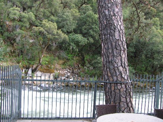 Yosemite View Lodge: View of the Merced River from our room
