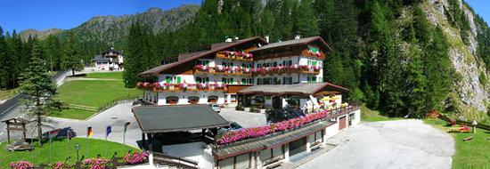 Malga Ciapela, Italy: Hotel Estate