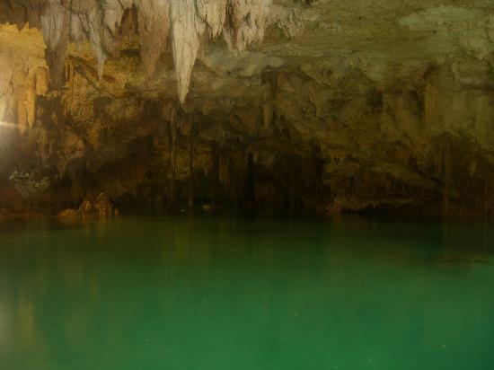Labna-Ha Magic Mayan World : Labna-Ha cenote