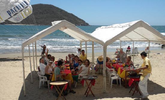 Mazatlan Van Tours: Mazatlan Beach Party at la Costa Marinera