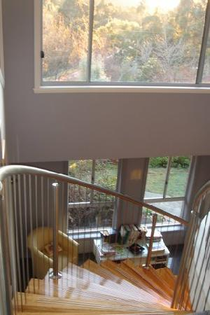 Glenlusk Gardens: Stair well to your private floor
