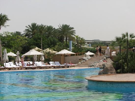 Grand Hyatt Dubai: Outdoor swimming pool