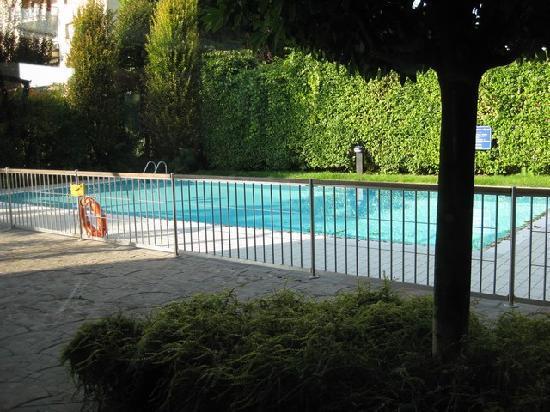 Novotel Brescia 2 : Swimming pool area