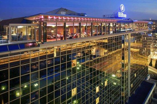 Hilton Prague: Exterior