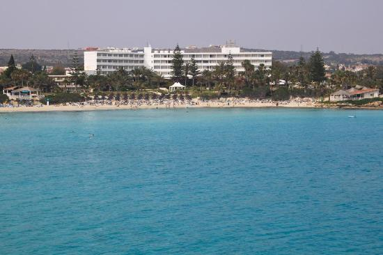 Nissi Beach Resort : Hotel from the sea